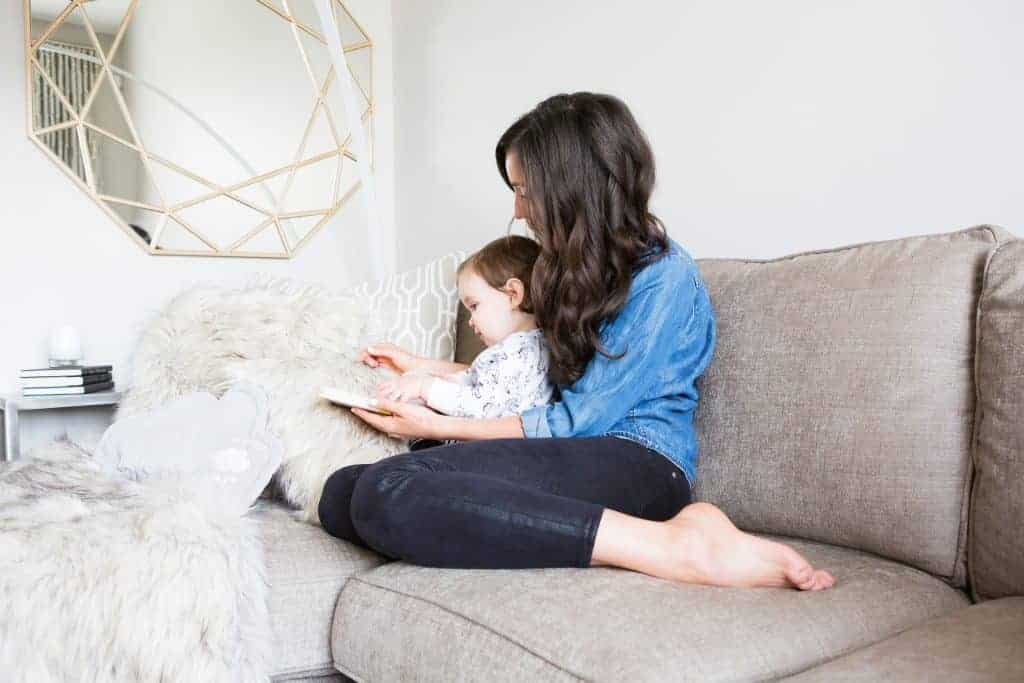 Summer Reads for Mamas and Kids